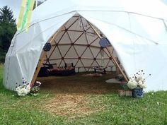 Building the Dome - Geodesic Dome Greenhouse Construction - YouTube