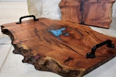 Charcuterie / Serving Tray Mesquite Live Edge Inlay With Iron Handles Food Safe # live edge wood projects Charcuterie / Serving Tray Mesquite Live Edge Inlay With Optional Iron Handles & Food Safe Diy Wood Projects, Wood Crafts, Woodworking Projects, Live Edge Furniture, Diy Furniture, Unique Wood Furniture, Deco Originale, Live Edge Wood, Resin Table