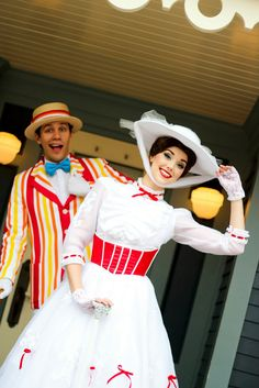 Mary Poppins and Bert, HKDL