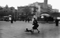 Robert Capa, Barcelone pendant un raid aérien, 1939