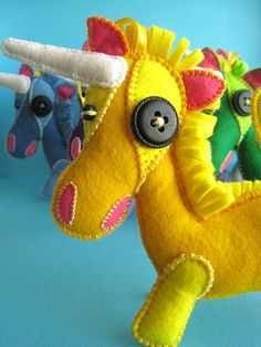 Wacky Felt Unicorns, Love that loopy mane!