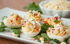 Holiday Appetizers // Devilled Eggs Three Ways Healthy Egg Recipes, Great Recipes, Snack Recipes, Savoury Recipes, Mexican Street Corn, Deviled Eggs Recipe, Snacks Für Party, Holiday Appetizers, Food Website