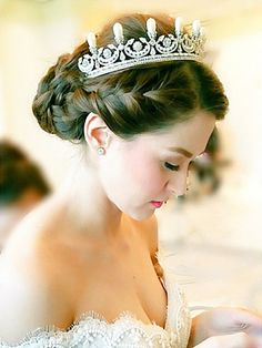 I want exactly this!!!  marian rivera wedding hair - Google Search
