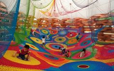 Playground / Public art made by textile artist Toshiko Horiuchi MacAdam. Think this one is from Hakone Sculpture Park in Sapporo, Japan. Yarn Bombing, Art Au Crochet, Crochet For Kids, Guerilla Knitting, Cool Playgrounds, Japanese Crochet, Indoor Playground, Playground Design, Playground Ideas