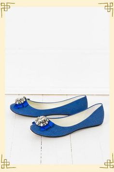 Glamour Flat in Blue  I really want some blue shoes!