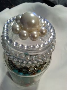 Covered glass jar for jewelery