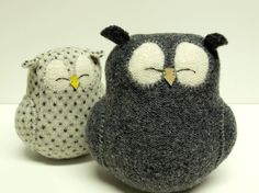 love the sleepy dreamy look of these OWLS