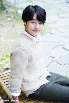 Dispatch Releases HD Photos of Yang Se Jong Handsome Korean Actors, Handsome Boys, Cute Korean, Korean Men, Korean Idols, Asian Boys, Asian Men, Romantic Doctor, Kim Myung Soo