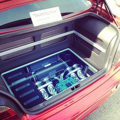 car audio custom stereo trunk