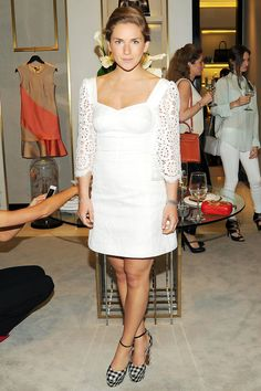 Claire Distenfeld: Fivestory LOVE the dress and the shoes