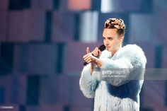 Danish singer and songwriter Karen Marie Orsted, also known by her stage name Mo, performs during the 2015 Nobel Peace Prize Concert at the Telenor Arena in Oslo, Norway, on December 11, 2015. AFP PHOTO / NTB SCANPIX / JON OLAV NESVOLD +++ NORWAY OUT +++ / AFP / NTB SCANPIX / JON OLAV NESVOLD