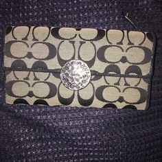 Coach wallet Black signature C pattern Coach Bags Wallets