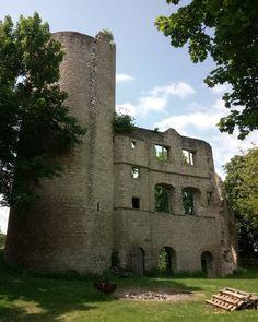 Burg Neuhaus bei Bad Mergentheim - https://www.instagram.com/artpla_net/