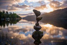 Unbelievable Stacks of Balanced Stones Seem to Defy Gravity - My Modern Metropolis