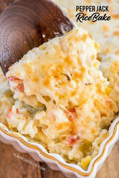 Pepper Jack Rice Bake CRAZY good Cooked rice loaded with onions red bell pepper green chiles corn cream of celery soup and pepper jack cheese Can make ahead and freezer. Mexican Food Recipes, Vegetarian Recipes, Cooking Recipes, Mexican Dinners, Vegetarian Casserole, Cooking Tofu, Cooking Vegetables, Cooking Cake, Vitamix Recipes