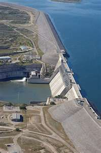 Lake Amistad.  The dam is shown here.  When you cross it you are enterig into Mexco