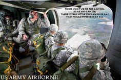 Us army airborne ranger Army Mom, Army Life, Military Life, Us Army, Military Art, Military History, Airborne Army, Airborne Ranger, 82nd Airborne Division