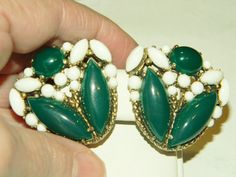 SIGNED SCHIAPARELLI(ELSA)HUGE HAUTE COUTURE GREEN WHITE GLASS VTG. EARRINGS #SIGNEDSCHIAPARELLIELSA #CLIPS