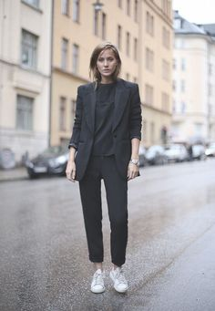 street style heelsandpeplum chic minimalism style trend 13