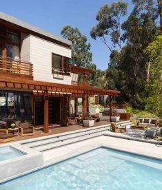 Residência Acolhedora Entre Árvores-piscina com hidromassagem