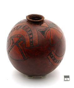 Africa | Calabash vessel from the Dinka people of the Ghama region of Sudan | 20th century
