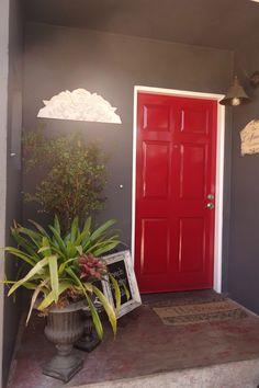 I finally got my red door:)