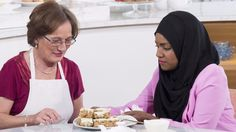 Nadiya& traybake was so delicious, we asked the GBBO winner to share the recipe with us, and here it is - enjoy! Baking Recipes, Cake Recipes, Bbc Recipes, Nadiya Hussain Recipes, Chocolate Traybake, Lorraine Recipes, Christmas Baking, Christmas Cakes, Christmas Treats