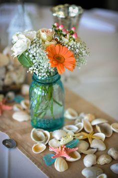 Mason jar + Flowers + Shells = <3