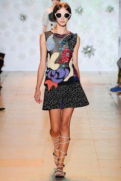 Tsumori Chisato Spring 2015 Ready-to-Wear - Collection - Gallery - Look 1 - Style.com
