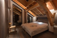 What once was a summer cottage in Chamonix-Mont-Blanc, France is now the updated chalet with a modern, scaled-back, Scandinavian interior. Chalet Interior, Interior Design, Garages, Modern Cottage, Wood Bedroom, Bedroom Ideas, Modern Luxury, Rustic Interiors, Log Homes