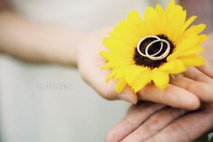 Sunflower *夏の前撮り  *elle pupa blog* Wedding Photos, Wedding Ideas, Fashion Photo, Marriage, Blog, Photography, Dress, Style, Marriage Pictures