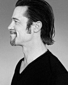 Popular Mens Hairstyles, 90s Hairstyles, Summer Hairstyles, Haircuts, Jennifer Aniston, Charlize Theron, 90s Hair Men, Brad Pitt Style, Angelina Jolie