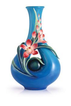FZ02963 Franz Porcelain Treasure of Charms Orchid Design Sculptured Large Vase