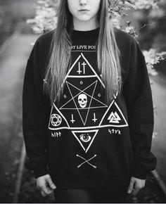 WOMEN SWEATSHIRT PENTAGRAM 666 SATAN CROSS SKULL SATANIC DARK ROCK GOTH SUDADERA #nobrand #SweatshirtCrew