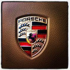 Terracar siempre los mejores autos www.cl by terracar Porsche Club, Porsche Logo, Porsche Design, Top Gear, Coat Of Arms, Dream Cars, Fancy Cars, Bike, Kate Beckinsale