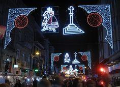 Iluminación Artística Galicia www. Times Square, Teen, Neon Signs, Travel, Folklore, Pilgrim, Artists, Voyage, Viajes