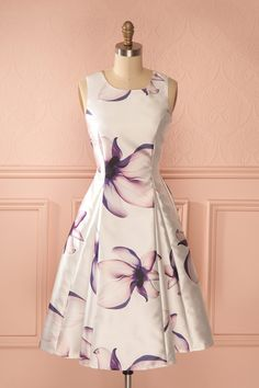Viviane from Boutique 1861   Another floral dress i love from boutique 1861