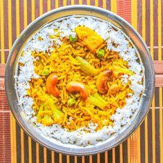 Masale Bhaat (Maharashtrian Spicy Rice Preparation) - Kali Mirch - by Smita Tasty Indian Recipe, Indian Food Recipes, Ethnic Recipes, Rice Recipes, Cooking Recipes, Recipies, Recipes In Marathi, Pakistani Recipes, Spicy Rice