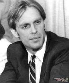 Keith Carradine -- along with brother David & dad John -- is part of the famous Carradine acting family. Keith was first in line for looks tho. Vintage Hollywood, Classic Hollywood, Famous Left Handed People, Lyle Mays, John Carradine, Norman Bates, Silent Film, Hollywood Stars, Back In The Day