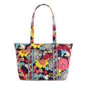 I just ordered this purse, it should be here in a week or so! :]