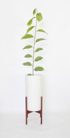 Modern Minimal Plant Stand / Pedestal Base / Custom by rustygold73