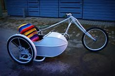 Bicycle with sidecare Cool Bicycles, Vintage Bicycles, Cool Bikes, Homemade Wallpaper, Bicycle Sidecar, Homemade Motorcycle, Adult Tricycle, Side Car, Upcycle
