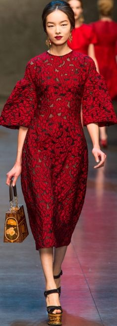 #Dolce & Gabanna Fall/Winter 2013 - 2014 Fashion Show #Trend Sleeves
