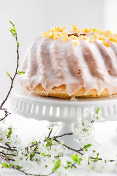 Delicious bundt cake with fresh orange flavor! (in Polish) Easy Blueberry Muffins, Blue Berry Muffins, Easter In Poland, Cake By The Pound, Orange Bundt Cake, Polish Recipes, Polish Food, Polish Easter, Babka Recipe
