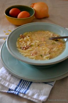Ponto de Rebuçado Receitas: Canja de galinha com ovo (Canja rica)