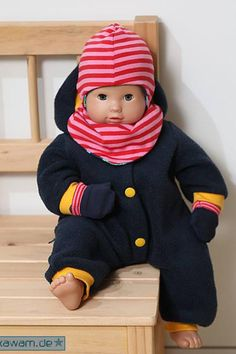 With the free sewing pattern winter set for dolls from 25 to 50 cm you can sew winter doll clothes: hat, scarf and gloves. Winter set for dolls Sandra Nähen With the free sewing pattern winter set for dolls from 25 to 50 cm you can sew wi Baby Clothes Patterns, Sewing Patterns Free, Free Sewing, Clothing Patterns, Baby Outfits, Kids Outfits, Winter Girl, Baby Winter, Boy Doll Clothes
