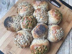 Lavkarborundstykker. Bilde Food And Drink, Low Carb, Keto, Organic, Bread, Baking, Natural, Brot, Bakken