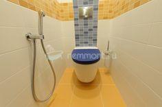 Ремонт ванной комнаты в 17 эт. доме серии П-3: Гигиенический душ в туалете