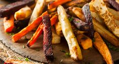 Vegetable Fries With Pumpkin Dip Fried Vegetables, Veggies, Julie Feels Good, Fall Recipes, Vegan Recipes, Yam Or Sweet Potato, Pumpkin Dip, Healthy Recepies, Veggie Fries