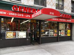 Generation Records - New York City - United States | More Record Stores: https://www.platendraaier.nl/platenzaken/